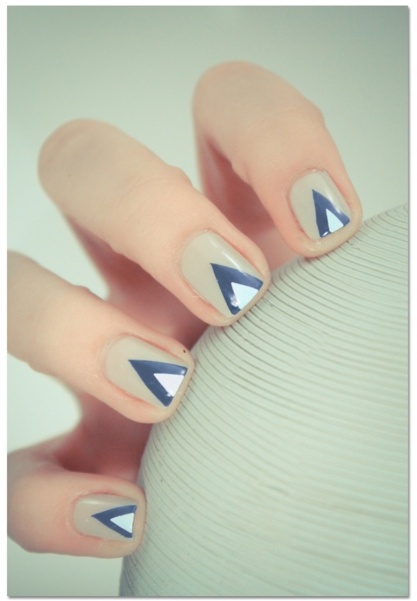 tribal nails blue grey