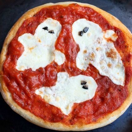 Our Best Halloween Recipe for Moms | SkinOwl Halloween Recipe DIYs; Mini Halloween Pizzas