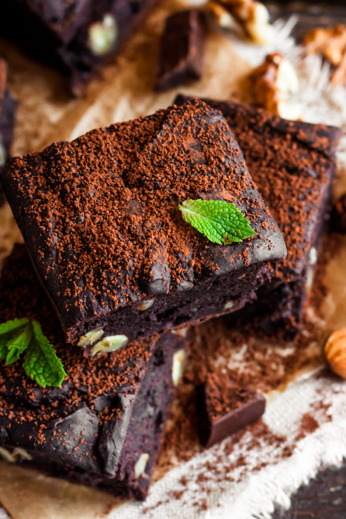 SkinOwl's Delicious Vegan & Gluten-Free Maqui Berry Brownies