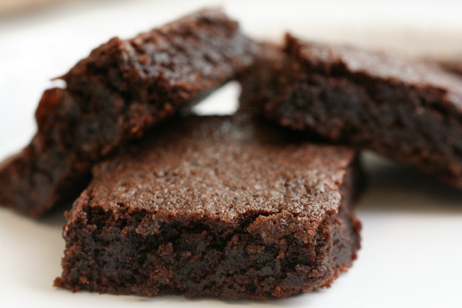 Feed Your Beauty: Double Chocolate Black Bean Brownies